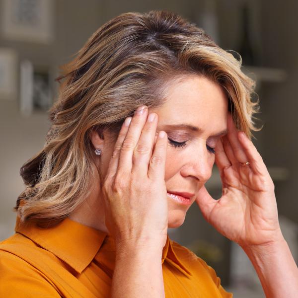 Woman with headache_600